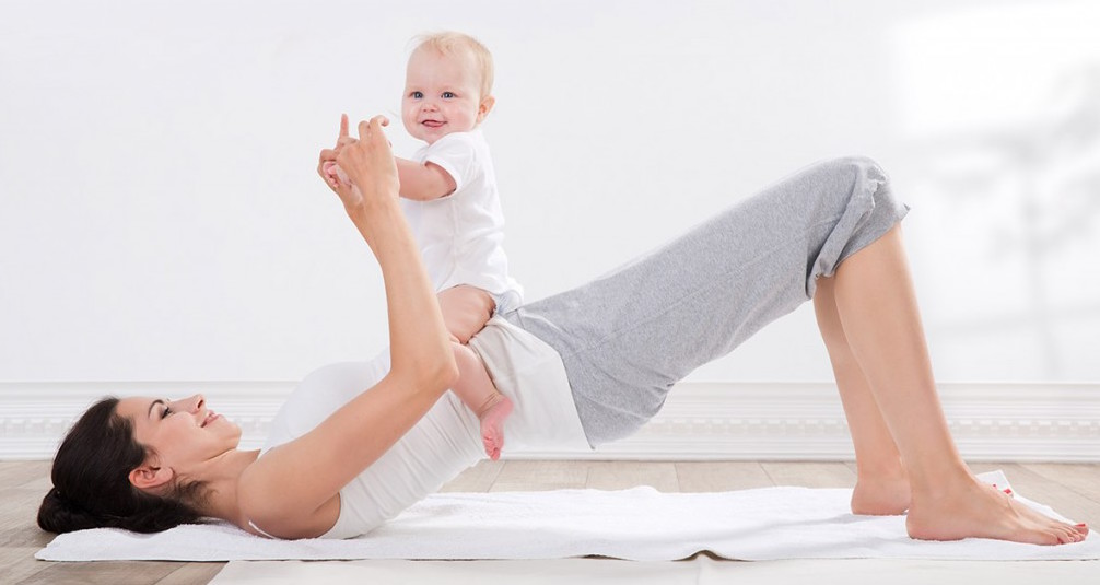 Mums-babies-yoga-1024×683